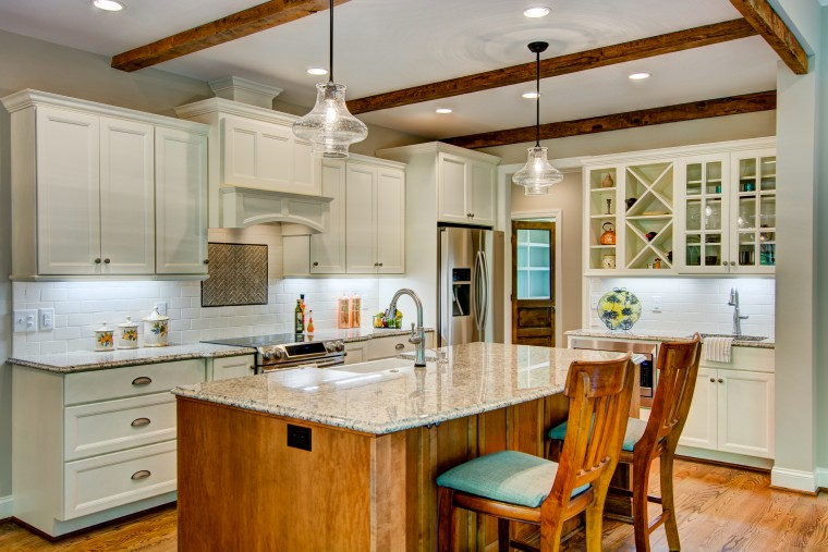 Kitchen - Custom Home - Sonoma Building Company